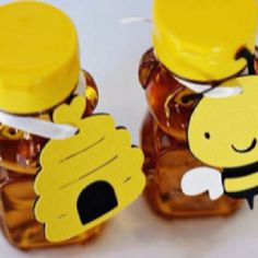 """Favors for """"what will it bee"""" baby shower"""