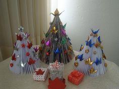 Árvores de Natal com Tsuru ( paper Crane)  da Sweet Peace