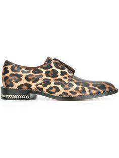 Gemusterte Schuhe ohne Schnürung