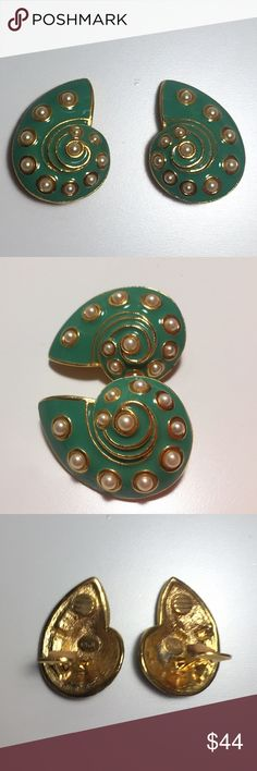 Kenneth Jay Lane Vintage Clip-on Shell Earrings VINTAGE classic and authentic KJL Kenneth Jay Lane clip-on green shell earrings. Perfect for summer! No damage, no wear -- these are in mint condition. Kenneth Jay Lane Jewelry Earrings