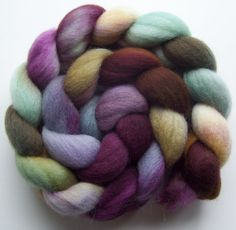 I wouldn't have a clue what to do with this wool, but I love the colors!
