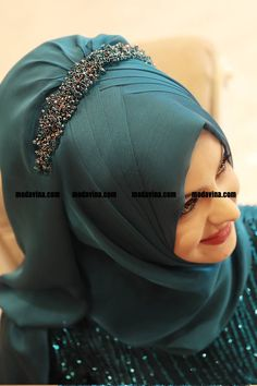 Tesettür, tesettür giyim, abiye, elbise, ferace | Modavina Turban Hijab, Hijab Wear, Hijab Dress, Muslim Dress, Bridal Hijab Styles, Hijab Wedding Dresses, Muslimah Wedding Dress, Dresses Dresses, Stylish Hijab