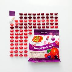 Simple, clean, and organized. Yet fun! Katherine Emmons takes to organizing a selection of Jelly Belly jelly bean mixes. Jelly Belly Beans, Jelly Beans, Things Organized Neatly, Organic Superfoods, Chocolate Factory, Natural Flavors, Sweet Stuff, Simple, Den