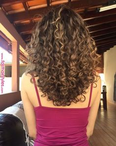 Curly hair care and Hair styles « Fast Hairstyles+ Curly Hair Styles, Curly Hair Care, Medium Hair Styles, Natural Hair Styles, Dyed Curly Hair, Brown Curly Hair, Short Curly Hair, Curly Medium Length Hair, Long Curly Haircuts