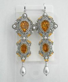 Silver beadwork earrings with Swarovski von MadeByAllushka auf Etsy