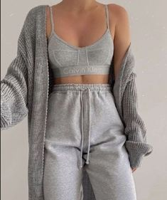 Cute Lazy Outfits, Sporty Outfits, Mode Outfits, Retro Outfits, Stylish Outfits, Comfortable Outfits, Simple Outfits, Teen Fashion Outfits, Look Fashion