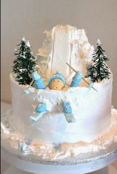 Great winter cake for any holiday occasion.