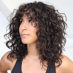 20 Stunning Layered Haircuts With Bangs Thick Curly Hair, Haircut For Thick Hair, Curly Hair Cuts, Medium Hair Cuts, Curly Hair Styles, Thin Hair, Cute Bob Haircuts, Layered Haircuts With Bangs, Choppy Bob Hairstyles