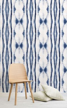 Taking inspiration from the ancient Japanese art of Shibori, a technique that involves folding, twisting and dyeing of cloth, a collection of wonderfully serene and calming designs have been formed, to create wallpaper murals that reflect the Japanese way of living. #muralswallpaper #wallpaper #ihavethisthingwithwalls #ihaveathingforwalls #shiboriwallpaper #japaneseculture #japanesestyle #sanctuary #homedecor