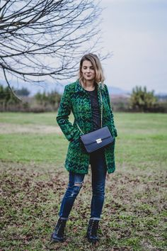 The Photoholic Girl - Personal Blog #MyDesigual #TricotVibes @Desigual #ootd #outfit #blogger #coat #fall #autumn