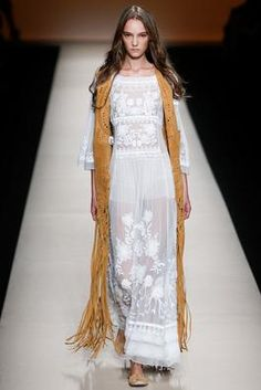 Alberta Ferretti Spring 2015 Ready-to-Wear Fashion Show: Complete Collection - Style.com