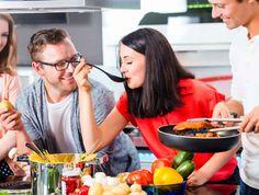 Κάν' το όπως οι σεφ: 8 νόστιμα tips για καλύτερα γεύματα - www.olivemagazine.gr Kitchen Hacks