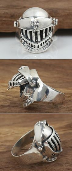 Solid 925 Sterling Silver Armor Skull Ring for Men. Uncover the mask and reveal the skull behind it! Exquisite handcraft makes it a perfect biker ring. Fashion Rings, Fashion Jewelry, Fashion Men, Rock Fashion, Skull Engagement Ring, Templer, Biker Rings, Skull Jewelry, Diy Jewelry