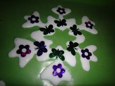 Rockabye Butterfly: Glue Snowflakes!