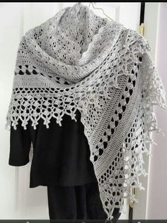 Gehaakte faith shawl
