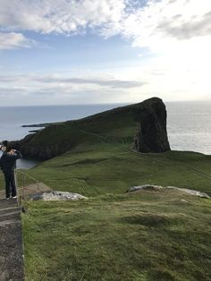 Isle of Skye - Camille on the Go