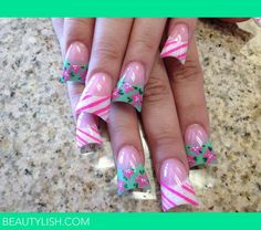 Why do girls find these nails attractive? I guess your duck bill nails will match your duck lips. Duck Bill Nails, Duck Feet Nails, Nail Designs Spring, Cool Nail Designs, Toe Designs, Acrylic Nail Shapes, Acrylic Nails, Gorgeous Nails, Pretty Nails