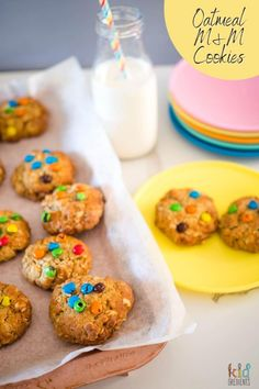 Deliciously yummy, and so easy to make, these Oatmeal M&M Cookies are made like ANZAC biscuits, and are great for freezing and the lunchbox. #kidsfood #baking #kidgredients #anzac #cookies #m&ms #lunchbox #lunchboxbaking M M Cookies, Cookies For Kids, Yummy Cookies, Anzac Biscuits, Golden Syrup, Healthy Cookies, Biscuit Recipe, Lunch Ideas, Kids Meals