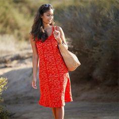 Rochii lejere de primavara-vara Vaporoase si senzuale, aceaste rochii va pun in valoarea feminitatea! - See more at: http://www.magazinuniversal.net/2015/02/rochii-lejere-de-primavara-vara.html