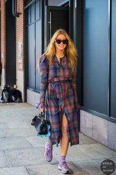 Emili Sindlev by STYLEDUMONDE Street Style Fashion Photography_48A0220