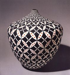 Vase, 1995 | by Dorothy Torivio | Polychrome - 10-1/2 x 9-1/4 in. dia. Courtesy of Andrea Fisher Fine Pottery, Santa Fe, New Mexico. Photograph by Craig Smith. From Pottery by American Indian Women