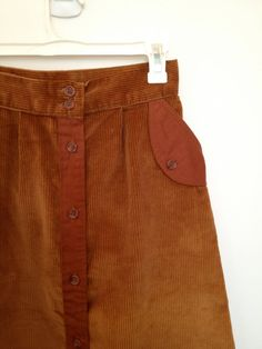 vintage 70s caramel corduroy skirt small by @vintspiration on Etsy #vmteam