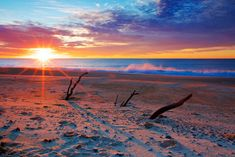 Sunrise over Wooli beach Posted 1 Jul 2016, 2:44pm  The sunrise colours over Wooli beach, on the NSW north coast, this week were stunning.  ABC Open contributor Di Lymbury (Nardoo)