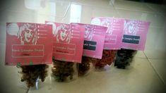 Di order makaroninya beragam rasa , coklat, caramel, melon, bubble gum, jagung manis, balado, pedas, dll