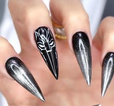 http://www.revelist.com/nails/black-panther-nail-art/11669/<p>I'm convinced these nails are made of vibranium.</p>/12/#/12