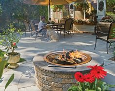 Patio in EP Henry DevonStone® Saw Cut with Fire Pit Kit