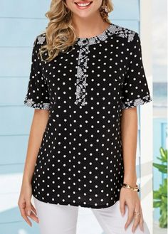 Curved Hem Polka Dot Print Black T Shirt Women Clothes For Cheap, Collections, Styles Perfectly Fit You, Never Miss It! Trendy Tops For Women, T Shirts For Women, Stylish Tops, T Shirt Diy, Polka Dot Print, Ladies Dress Design, Blouse Designs, Shirt Blouses, Polka Dot Blouse