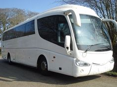 Coach Hire Miltonkeynes Our coaches and minibuses are suitable for all kinds of occasions. From school trips to shopping trips, family outings to work outings, private functions to corporate functions, from wedding transfers to airport transfers, we cater for all eventualities. Our vehicles come in a variety of sizes so we can accommodate any size party.