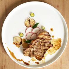"""Bistig"" Pork chop Kapampangan Filipino Dish #foodporn #foodphotography #food #chef #foodart #foodstyling #foodstylist #TheArtOfPlating #gastroart #truechefs #truecooks #chefsofinstagram #gourmet #culinaryadventures #chefsmenu #gastropost #instafood #kitchenlife #foodfinds #chefstalk #chefsteps #pretendchef #iplaywithmyfood #filipinofood #kapampangan by mrs.jco"