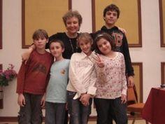 Ho'oponopono órák gyermekeknek  Gyermekek részvétele a tréningjeimen a legszebb ajándék számomra. Őszinte megerősítést kapok tőlük, hiszen mint tudod, a gyermekek nem hazudnak.  Teljes cikk itt   http://www.hooponoponoway.hu/blog_gyerekszaj