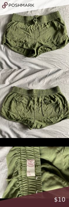 Shop Women's SO Green size M Shorts at a discounted price at Poshmark. Description: SO Shorts Comfy, Pockets, Product Description, Shorts, Medium, Green, Closet, Things To Sell, Style