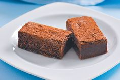 Dessicated coconut adds texture to these indulgent chocolate brownies. Coconut Brownies, Coconut Desserts, Best Brownies, Chocolate Brownies, Brownie Recipes, Chocolate Recipes, Dessert Recipes, Afternoon Tea Recipes, Brownie Bar