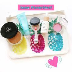 Tinted Lip Balm, Lip Tint, Flawless Makeup, Beauty Makeup, Chanel Les Beiges, Makeup Over 40, Summer Glow, Summer Beauty, Makeup Routine