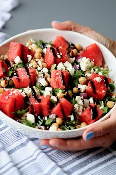 watermelon & feta farro bowl with chickpeas & arugula // cait's plate Wine Recipes, Cooking Recipes, Ham Recipes, Arugula Salad, Tomato Salad, Watermelon And Feta, Wedding Appetizers, Summer Recipes, Summer Wedding