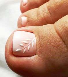 Your Fingernails Aren't the Only Place for Nail Art—Try These Fun Toe Designs Loading. Your Fingernails Aren't the Only Place for Nail Art—Try These Fun Toe Designs Simple Toe Nails, Pretty Toe Nails, Cute Toe Nails, Summer Toe Nails, My Nails, Pretty Pedicures, Cute Toes, Nail Designs Toenails, Toenail Art Designs