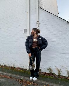 Retro Outfits, Mode Outfits, Cute Casual Outfits, New Outfits, Girl Outfits, Fashion Outfits, Doudoune The North Face, Mode Grunge, Brown Outfit