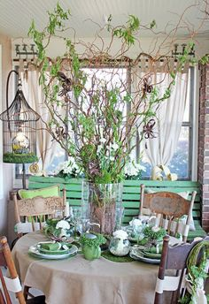 Itsy Bits and Pieces: It's That Time! A Visit to the 2013 Bachman's Spring Ideas House...