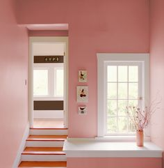 To get this look, use YOLO Colorhouse PETAL .03 - beautiful light pink with white trim.