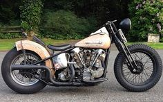 '46 Knucklehead built by Thom Jones | Bobber Inspiration - Bobbers and Custom Motorcycles | backoffbeforeijackoff September 2014