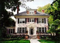 Classic Georgian Home in Evanston Illinois | Content in a Cottage