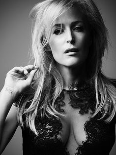 Gillian Anderson Wants Women to Embrace Growing Older as Something That Should Be 'Celebrated' http://www.people.com/people/package/article/0,,20998070_21000654,00.html