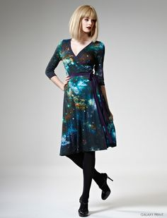 Leona Edmiston better bring this out in her plus size range. GALAXY DRESS OMG.