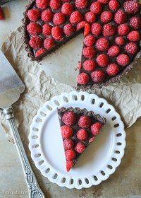 Шоколадно-малиновый тарт.