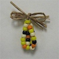 Grab your beads and have fun with this Beaded Indian Corn from the FreeKidsCrafts Team. Make two or three of them and add a jewelry pin and use them Thanksgiving Activities, Thanksgiving Crafts, Holiday Crafts, Halloween Activities, Thanksgiving Table, Preschool Crafts, Fun Crafts, Girl Scout Swap, Girl Scouts