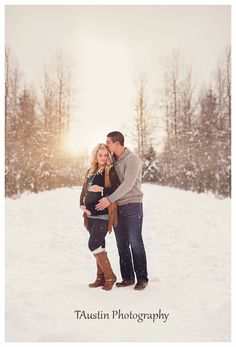 Winter Snow Maternity Photos TAustin Photography 6