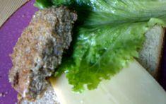 """750g vous propose la recette """"Burger de Tofu"""" notée 4.1/5 par 16 votants."""